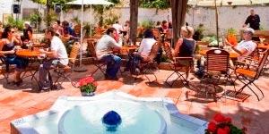 ¿ Donde comer en Granada ? - Jardines de Zoraya